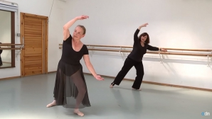 Nu renunța la vis! O britanică a devenit balerină la 71 de ani