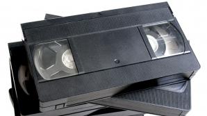 Ai prin casă acest film pe VHS? Valorează astăzi o avere: 12.000 de dolari!