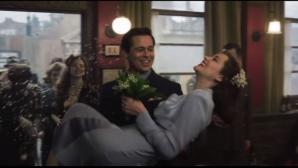 """Brad Pitt şi Marion Cotillard, împreună. Scene fierbinţi în noul trailer al filmului """"Allied"""""""