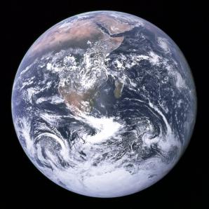 Imagini spectaculoase: Cum se vede Pământul din spaţiu