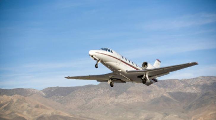 Accident aviatic tragic: Cinci persoane au murit