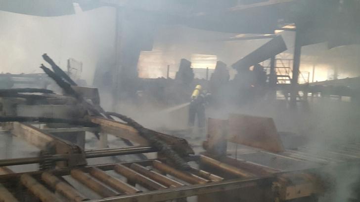 <p>Incendiu puternic la o fabrică de cherestea din Vâlcea</p>