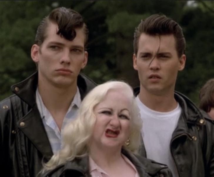 Veste cumplită! O cunoscută actriţă a murit. A jucat alături de Johnny Depp într-un film celebru!