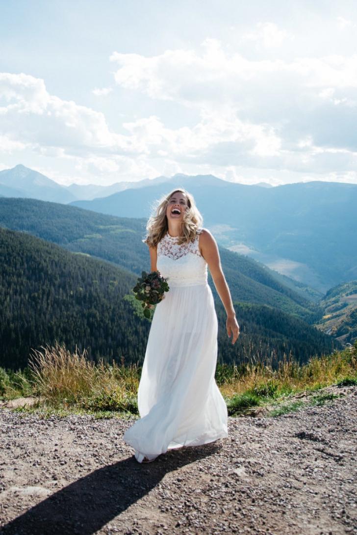"""""""Cea mai frumoasă cerere în căsătorie"""". Gestul unui bărbat pentru iubita sa face furori pe Facebook"""