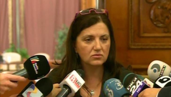 Raluca Prună, prima reacţie după ce magistraţi din instanţe i-au cerut demisia