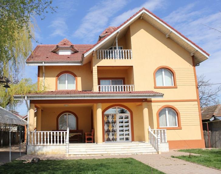 Oraşul din România cu vile ca la Beverly Hills