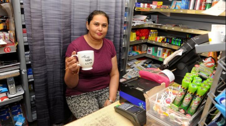 O vânzătoare s-a trezit cu un hoț în magazin. I-a spus o singură frază și el a plecat tremurând