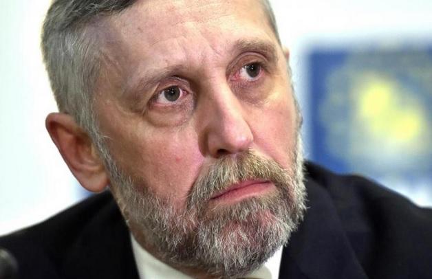 Relaţia lui Munteanu cu Securitatea îi alungă pe candidaţii ANR de pe liste