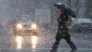 Informare METEO: ploi torenţiale, vijelii periculoase şi ninsori. Iarna îşi intră în drepturi!