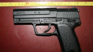 Pistol în trafic