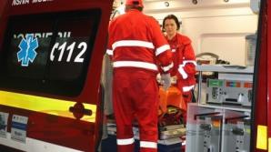 Un tânăr ameninţă că se aruncă în gol de la etajul 4, în Timişoara