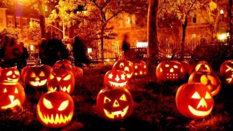 Halloween Legende Superstiții și Idei De Costume Pentru