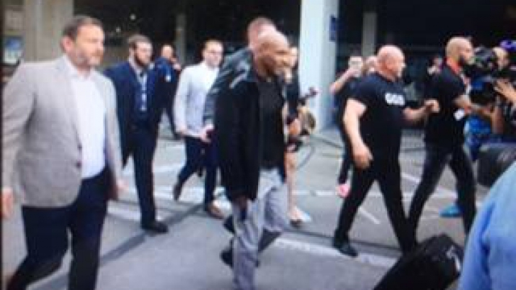 Prima imagine cu legendarul Mike Tyson la București