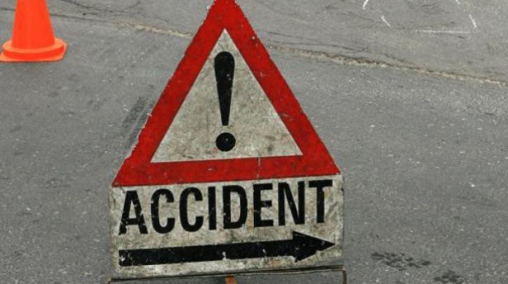 Accident rutier în Timişoara. Un şofer de taxi a ajuns la spital