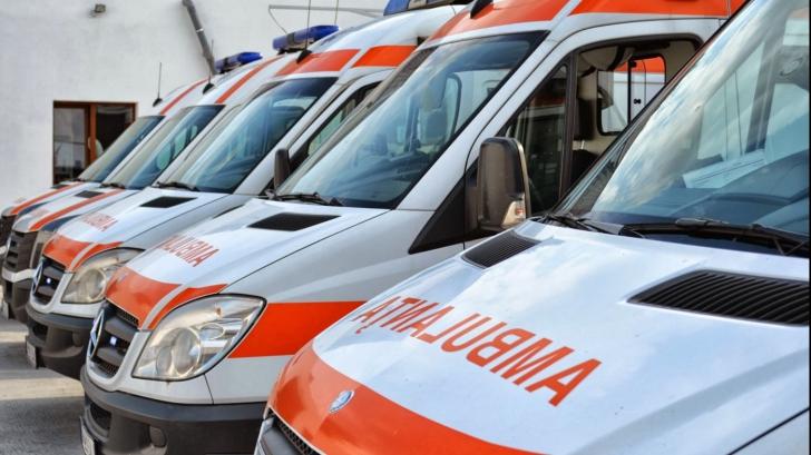 TRAGEDIE la mare: trei copii recuperați de salvamari din apele mării. Un bărbat, găsit înecat