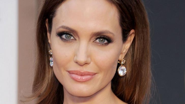 Prima apariţie publică a Angelinei Jolie după despărţirea de Brad Pitt. Cum arată actriţa