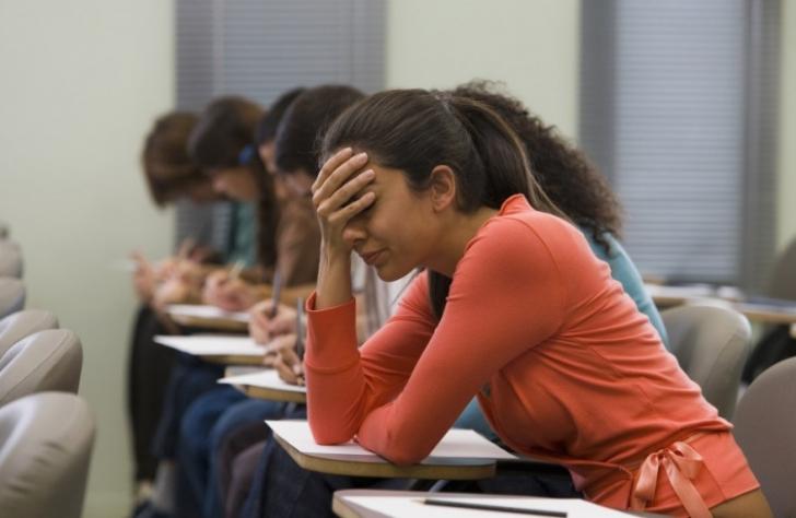 Legile lui Murphy pentru studenți: 10 lucruri care pot să meargă prost