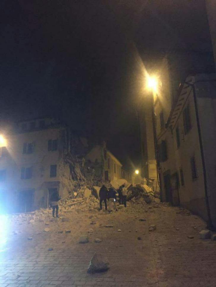 Cutremure în lanţ în Italia, miercuri seară. Cel mai mare seism a avut 6,2 grade.