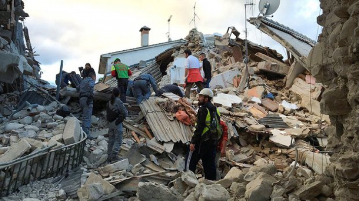 """Cutremurul din Italia. Mărturie a unei românce căreia i s-a dărâmat casa: """"Centrul istoric, dărâmat"""""""