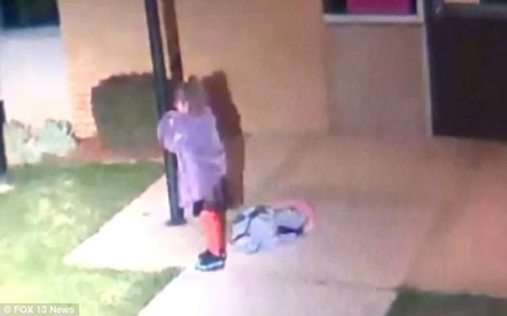 Si-a parasit fiica in strada, acoperita doar cu o patura. Cum a fost gasita dimineata