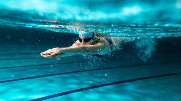 Ce se întâmplă dacă înoți în fiecare zi. Nu te gândeai la un asemenea efect