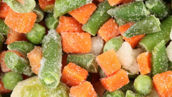 Cât de sănătose sunt, de fapt, legumele congelate din magazine. Adevărul pe care nimeni nu îl spune