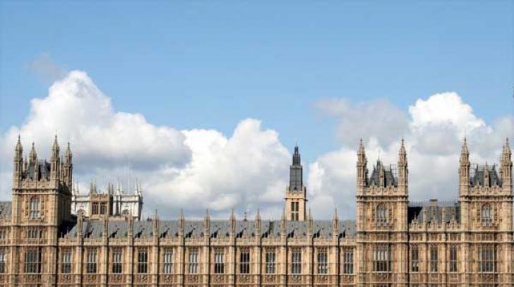 Scandal în Marea Britanie! Politician, acuzat că ar fi violat o femeie în incinta Parlamentului