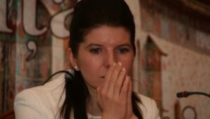 Monica Iacob Ridzi internată de urgenţă la un spital