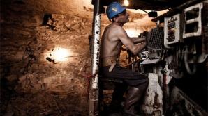 Cutremur într-o mină din Polonia: Doi mineri morţi, iar alţi şase daţi dispăruţi