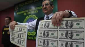 Dolari falși