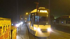 RATB: Tramvaiele liniilor 7 şi 25 circulă pe un traseu modificat din cauza unei avarii la o conductă