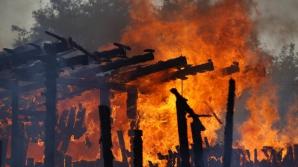 O bătrână a murit carbonizată într-un incendiu care i-a cuprins locuința