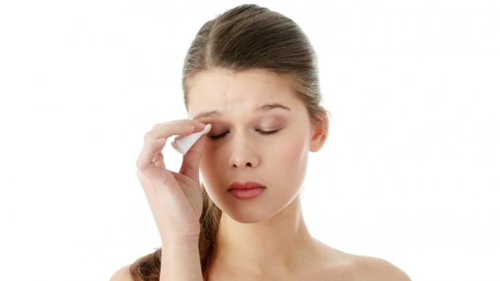 5 boli prevestite de mâncărimile ochilor