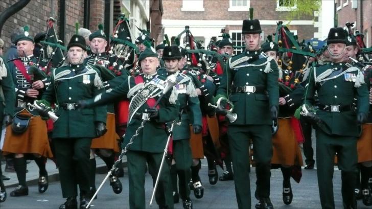 Premieră absulută de Ziua Naţională! Artiştii din Royal Irish Regiment, pentru prima oară în România