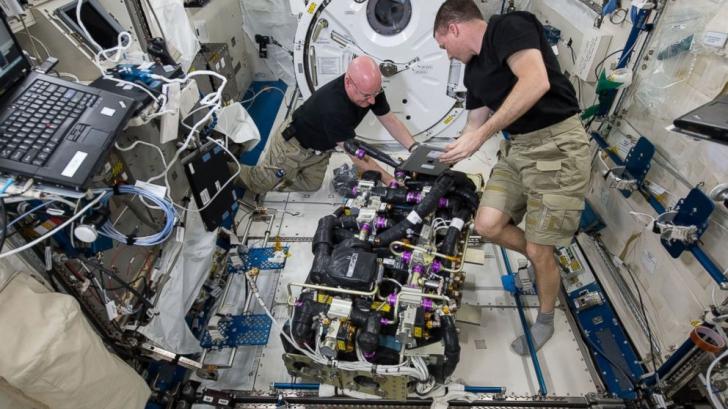 NASA oferă un premiu 30.000 de dolari. Trebuie să răspunzi la o singură întrebare