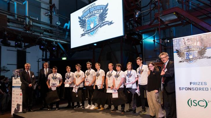 Super-performanţă! Tinerii IT-şti, locul locul II la Campionatul European de Securitate Cibernetică