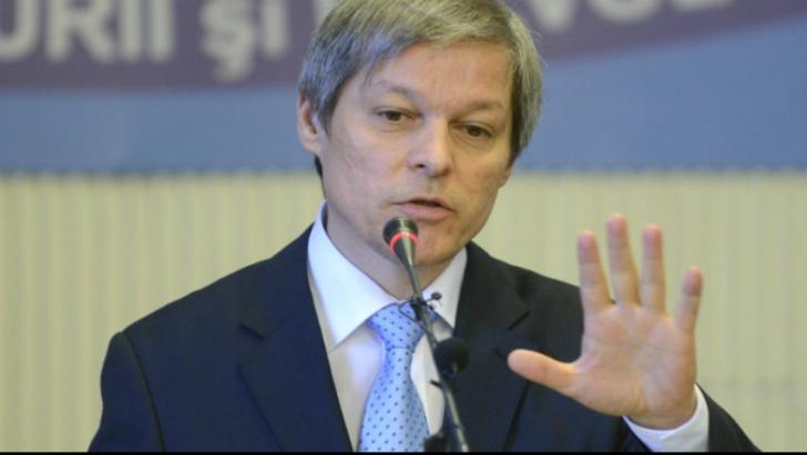 Dacian Cioloș: Avem nevoie de dezbateri de substanță din care să rezulte o Constituție adaptată