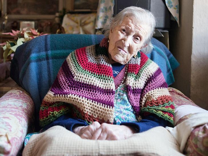 Ultima supraviețuitoare a secolului al XlX-lea împlineşte 117 ani. Cum arată bătrâna?