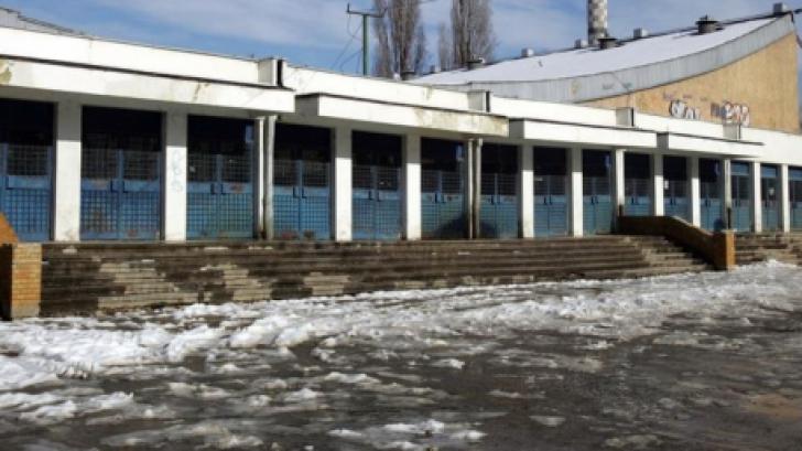"""Dezastru în hocheiul bucureștean după ce a fost închis patinoarul """"Mihai Flamaropol"""""""