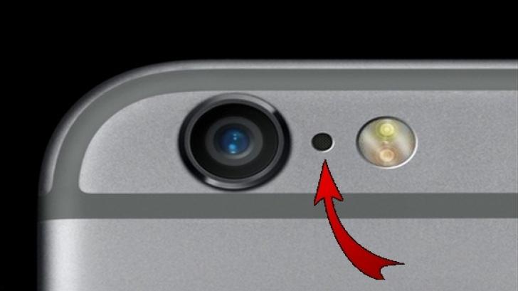 La ce foloseşte gaura de la iPhone de lângă camera telefonului. Foarte puţini ştiu asta!