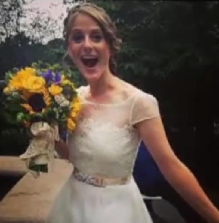 În ziua nunţii, mireasa a început să urle! Un doctor s-a uitat la ceafa ei... ŞOC! A fost prea mult!