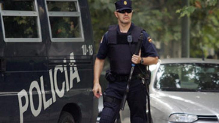 Patru persoane suspecte de terorism, arestate în Spania
