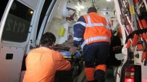 Accident grav în Călăraşi. Un microbuz s-a ciocnit cu un autoturism: 21 de răniţi