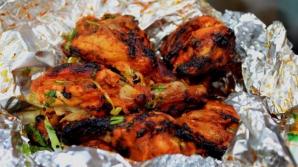 Folosești folie de aluminiu la gătit? Iată ce trebuie să știi neapărat