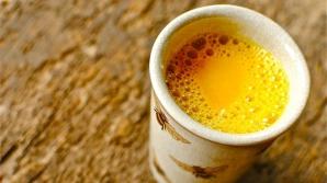 Cum se prepară laptele de aur, cel mai puternic elixir natural. Purifică sângele şi ficatul