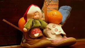 Povestea lui Moş Nicolae. De ce se pun cadouri în ghete în seara de 5 decembrie?