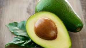 De ce ar trebui să consumi şi sâmburele de avocado