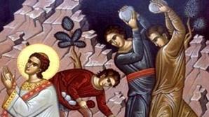 Tradiţii şi obiceiuri de SFÂNTUL ŞTEFAN. Ce nu ai voie să faci pe 27 decembrie? E mare PĂCAT!