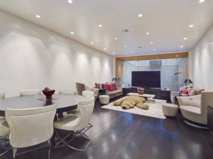 Arată ca o casă banală, dar se vinde cu 29 milioane $.Cum se prezintă în interior.Care e secretul ei
