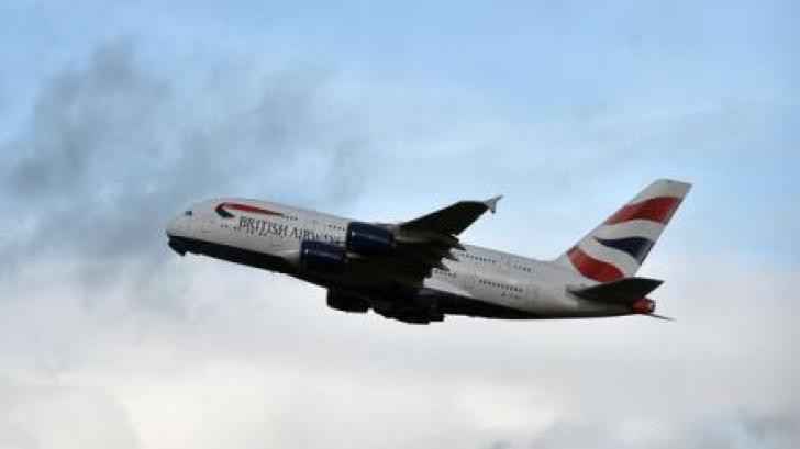 Personalul navigant de la British Airways va intra în grevă în prima și a doua zi de Crăciun